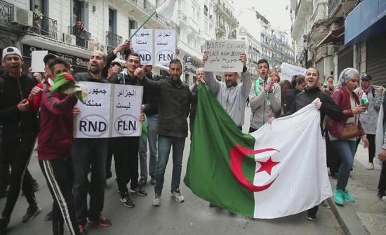 دعوات لعصيان مدني بالجزائر اليوم وتجار يرفضون المشاركة