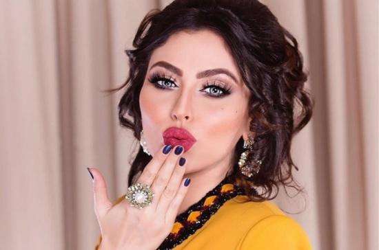 مريم حسين ولقطة تجمعها بزوجها – بالصورة