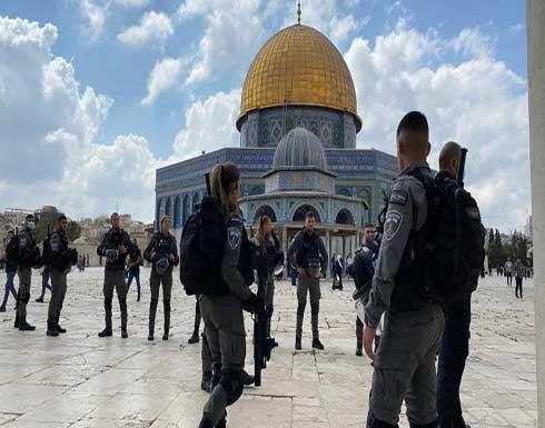 مواجهات بين فلسطينيين وجيش الإحتلال عقب اقتحام المسجد الأقصى .. بالفيديو