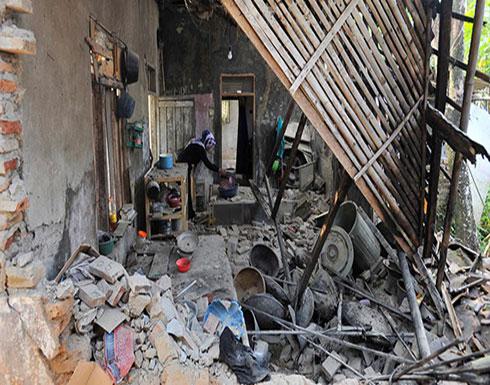 بالفيديو : قتلى وجرحى في زلزال قوي يضرب إندونيسيا