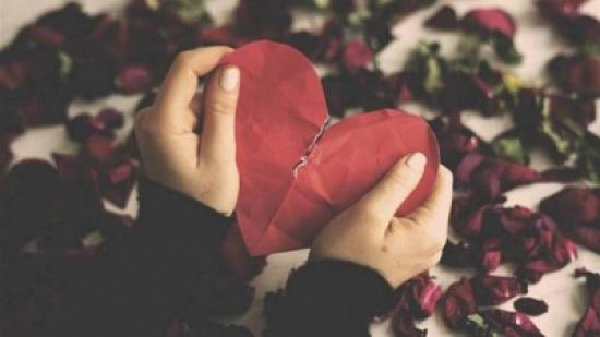 الأزمات العاطفية تُلحق الأذى بعضلة القلب تماماً كالسكتة!