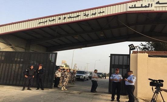 مصدر : أردنيون افرجت عنهم سوريا سيصلون اليوم إلى عمان
