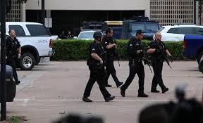 الشرطة الأميركية تقتحم جنازة من أجل إصبع القتيل