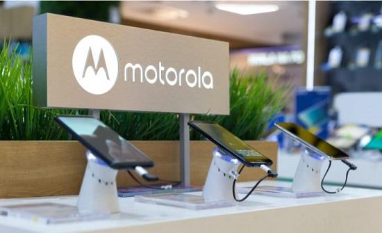 الكشف عن هاتف متطور ورخيص الثمن من موتورولا – (فيديو)