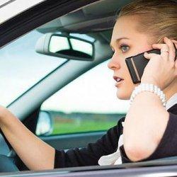 استخدام الهواتف المحمولة يزيد فرص الإصابة بسرطان المخ