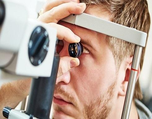 تعانون من هذه الأعراض... استشيروا طبيب العيون فوراً
