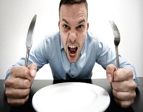 لماذا يتعكّر مزاجنا عند الجوع أحياناً؟