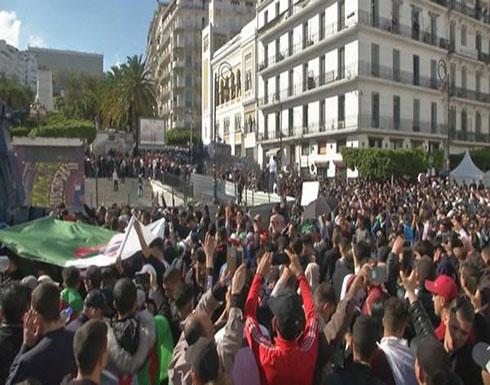 بالفيديو : طلاب الجزائر يعلنون إضرابا وطنيا رفضا لاستمرار النظام