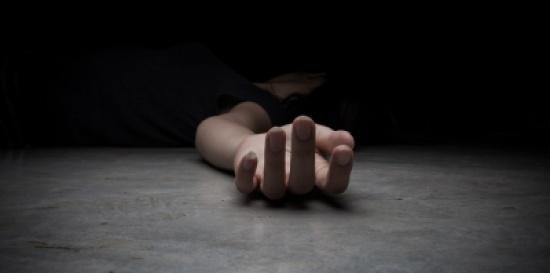 مصرية تقتل ابنتها بعد عودتها من عيادة طبية لهذا السبب