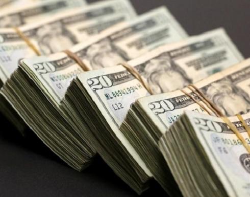 الدولار يرتفع بفضل توترات تجارية والكرونة السويدية تصعد بعد الانتخابات