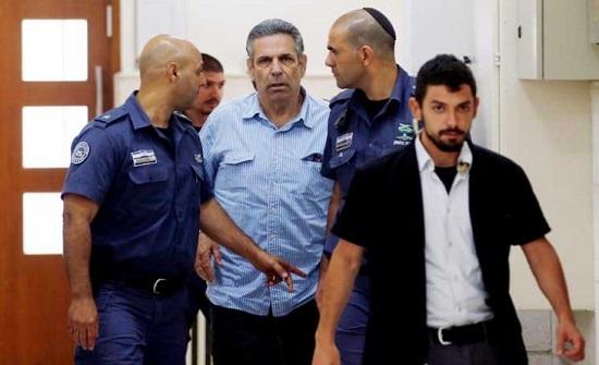 اتفاق قضائي على سجن وزير إسرائيلي سابق 11 عاما بتهمة التجسّس لصالح إيران