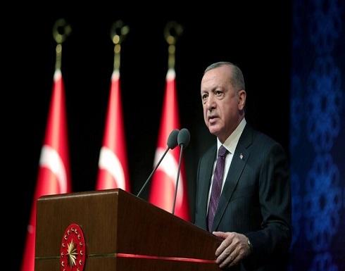 أردوغان يؤكد لميركل على أهمية بدء الحكومة الليبية الجديدة مهامها فور منحها الثقة
