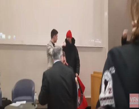 نشطاء من الحركة اليسارية يهاجمون محاضرين إسرائيليين في جامعة كامبريدج