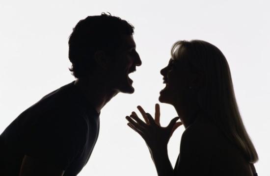مصرية تطلب خلع زوجها لسبب غريب جدا.. ما هو؟ (فيديو)
