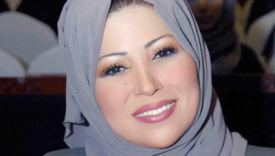 وزير جزائري يهاجم خديجة بن قنة