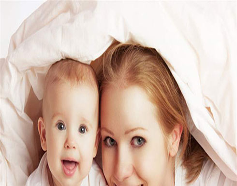 من أين يستمدّ الأطفال ذكاءهم: الأب أم الأم؟.. دراسة تحسم الجدل!