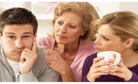 الإفتاء: من يصلح بين الزوجين عليه أن يتكلم بخير أو يصمت