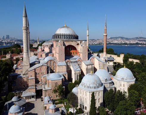 البقلاوة العنتبلية.. هدية لمصلي أول جمعة في مسجد آيا صوفيا