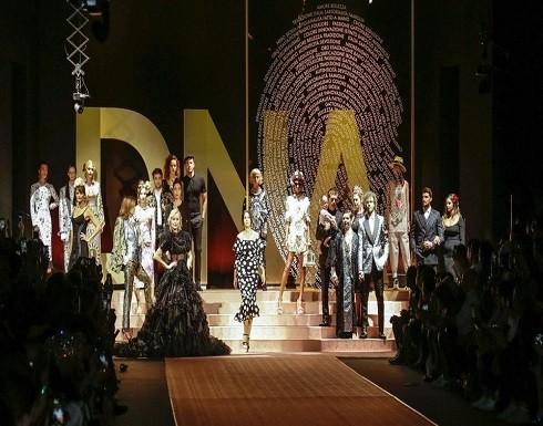 بالصور : الموضة تنشر السعادة والثقة في ميلانو