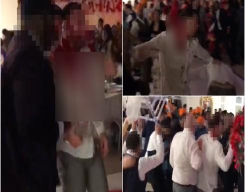 بالفيديو: حفل زفاف هندي ينتهي بمشاجرة بين اهل العروسين .. دماء ومصابين