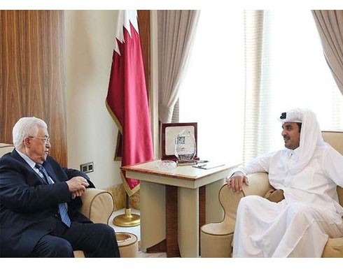 عباس ومشعل وهنية يؤكدون من الدوحة على ضرورة استئناف حوار المصالحة