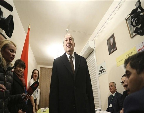 الرئيس الأرميني يطالب باستقالة الحكومة وإجراء انتخابات مبكرة