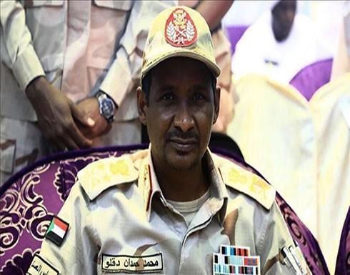 """""""العسكري"""" السوداني: لسنا أعداء لأحد وهناك """"خيانة داخلية"""""""