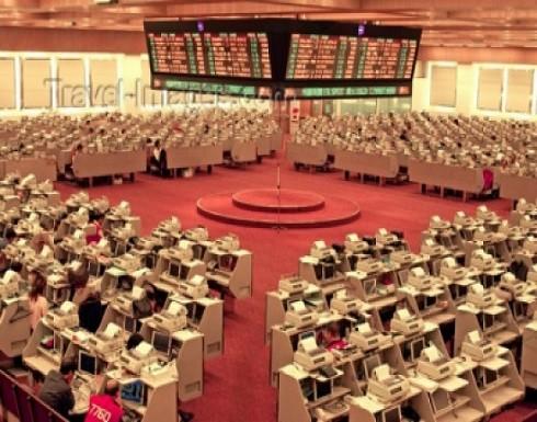 العملاق الذي هزم آيفون في الصين يدخل بورصة هونغ كونغ