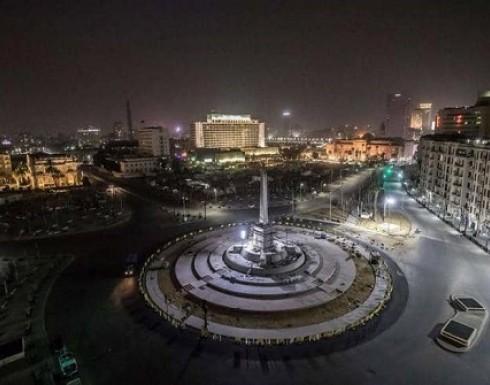 القاهرة بأول أيام الحظر.. شوارع شبه مهجورة وأغان من الشرفات