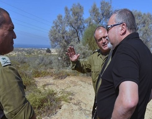 ليبرمان يتوعد حماس بضربة قوية
