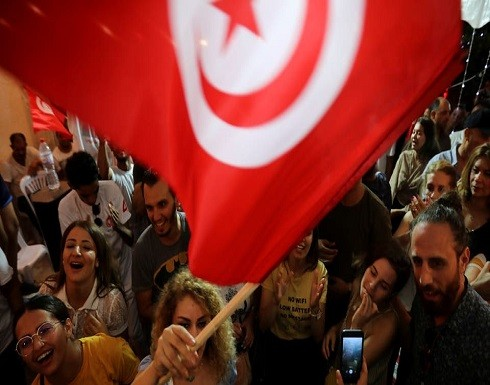"""تونس.. """"أزمة القضاء"""" تهدد بتأجيل الانتخابات"""