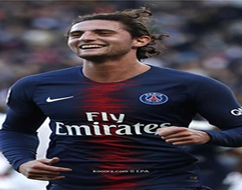 لتسهيل انتقاله إلى نادي برشلونة.. آدريان رابيو ينهي ارتباطه بوالدته