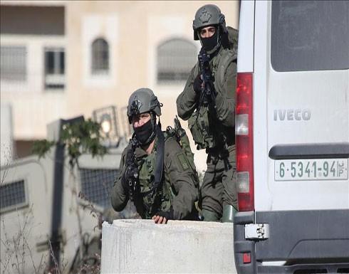 إصابة فلسطيني بجراح خطيرة خلال مواجهات مع الجيش الإسرائيلي بالضفة