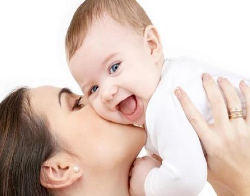احذري .. وضعية قد تودي بحياة طفلك أثناء الرضاعة