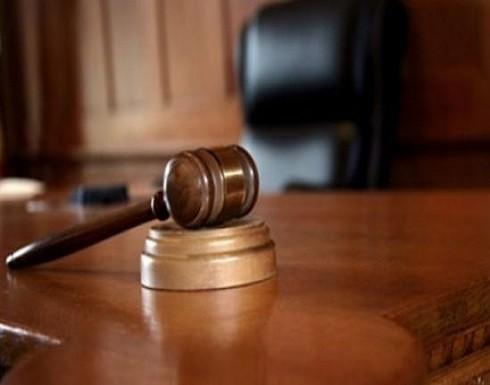حظر النشر بقضية مقتلع عيني زوجته في جرش
