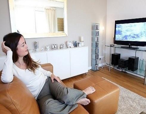 الضبط التلقائي لسطوع التلفزيون يوفر الطاقة والنفقات!