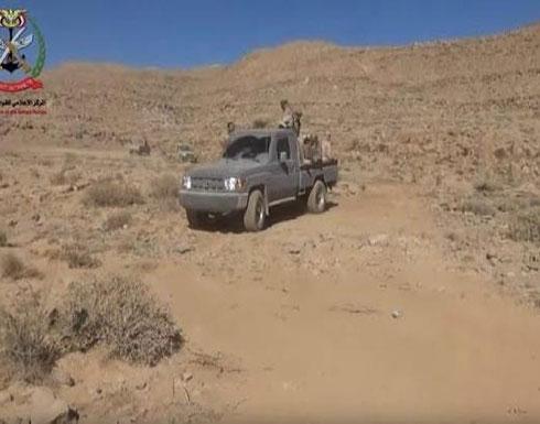 شاهد : 10 غارات للتحالف على الحوثيين بنهم وأنباء عن قسوط قتلى