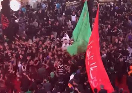 شاهد..توافد مئات الآلاف إلى كربلاء لإحياء ذكرى أربعينية الحسين