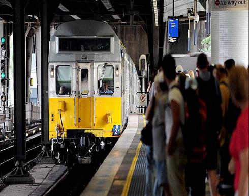 سائق قطار  يتلقى أمرا بالقيادة فوق جثة في استراليا