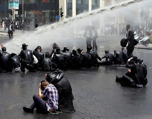 بالفيديو : اشتباكات بين الشرطة الإسرائيلية ومتظاهرين يمنيين في القدس