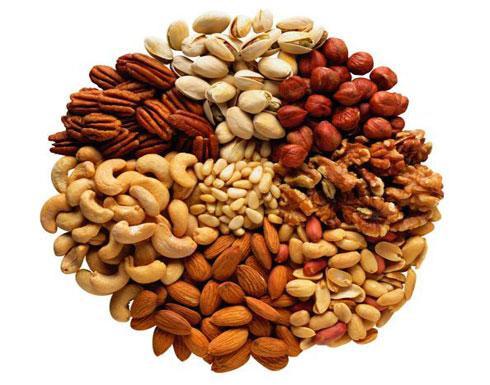المكسرات تحمي من الإصابة بأمراض القلب والسكري والسكتة الدماغية