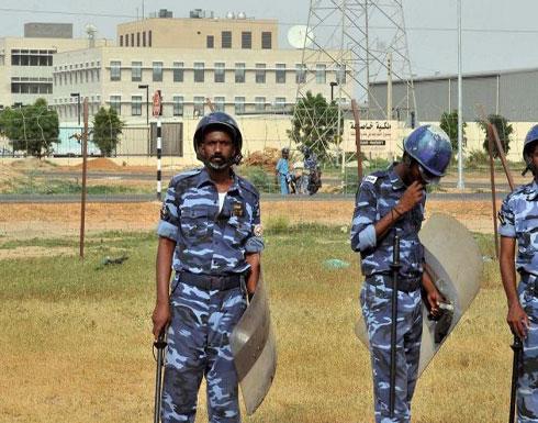 الأمن السوداني يطلق سراح 11 صحفيا