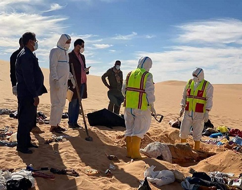 بالفيديو: مشاهد مؤلمة من انتشال جثامين العائلة السودانية المنكوبة