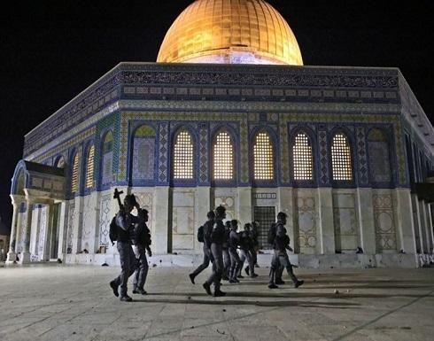 اعتقالات بالضفة واقتحام للأقصى.. ودعوات للنفير الجمعة
