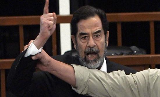 F.B.I يكشف عن تفاصيل استجواب صدام حسين