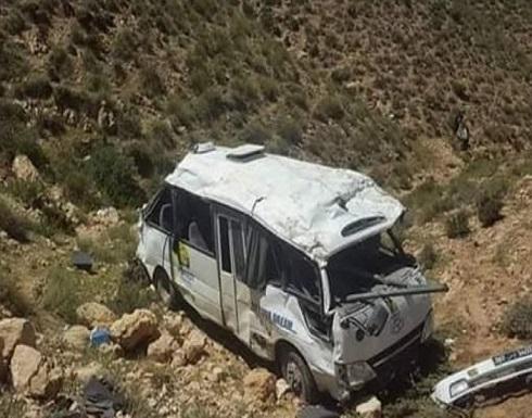 بالصور : مقتل 22 شخصا بحادث حافلة في تونس