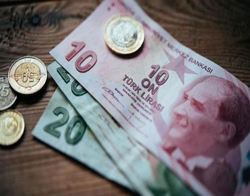 الليرة التركية بأدنى مستوى.. ووزير المالية: نتعرض لهجوم