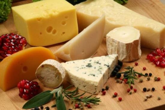 الجبنة.. مضرة بالصحة؟