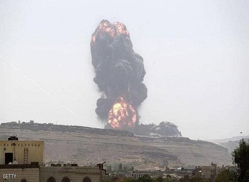 التحالف العربي يدك مواقع الحوثيين في حجة بغارات مكثفة
