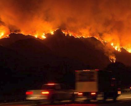 السلطات الأسترالية: 40 حريقا لا زال مشتعلا بولاية كوينزلاند